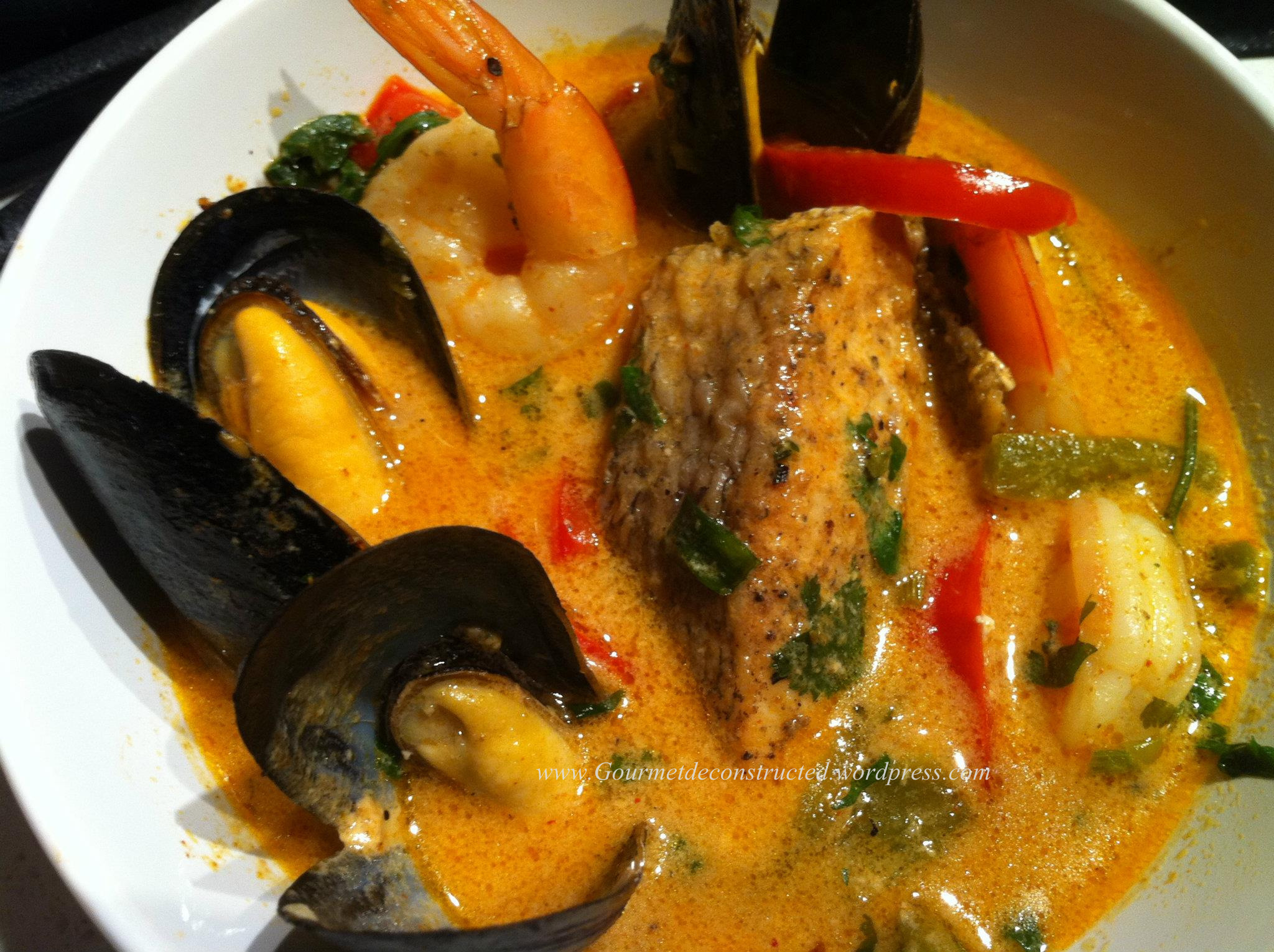 Seafood in Red Coconut Curry (Thai style) | Gourmet De-Constructed